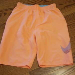 Nike boys swimtrunks size XL